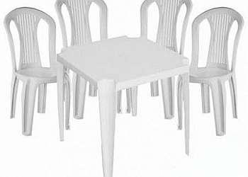 Aluguel mesa de plastico