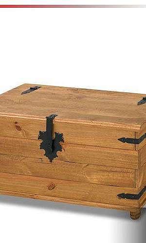 Baú de madeira rústico