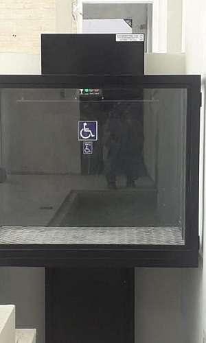 Elevador cadeirante
