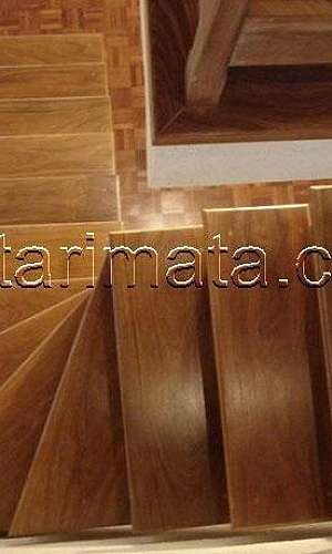 Escada de madeira valor