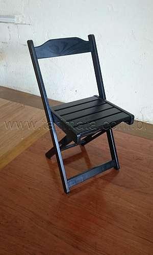 Fábrica de cadeiras de madeira