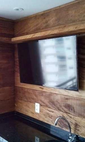 Painel de madeira rústica para TV